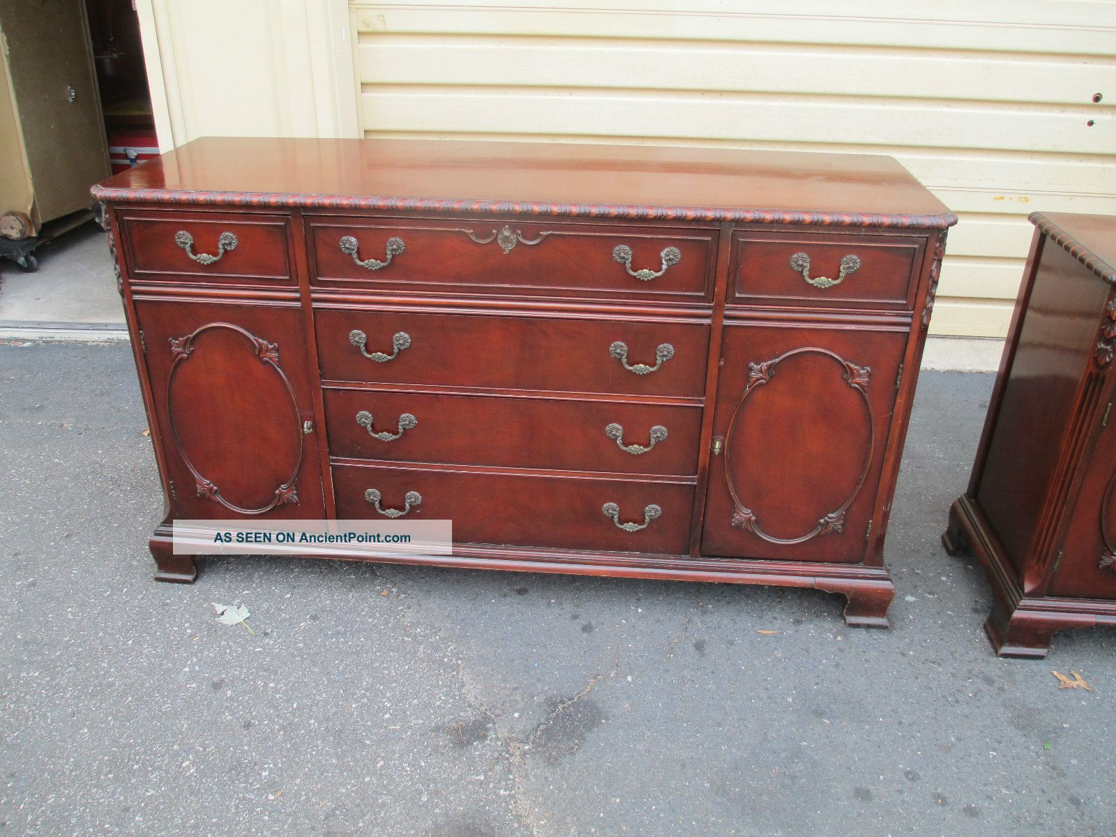 52520 Antique Mahogany Buffet Sideboard Server 1900-1950 photo