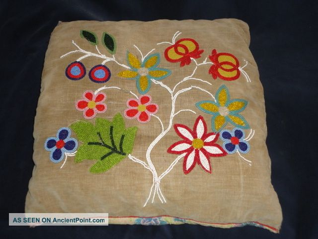Rare Antique Late 19th Century Sioux Plains Indian Beaded Flower Pillow Relic Native American photo