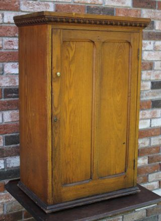 Antique Circa 1900 Solid Oak Cupboard Cabinet W/ Divided Interior Nr photo