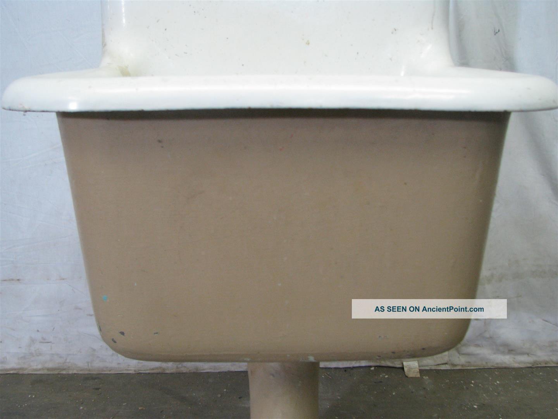 Antique Industrial Porcelain & Cast Iron Slop Sinks Sinks photo 3