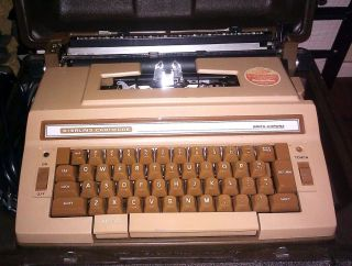 Smith Corona 3l Electric Typewriter With Hard Case photo