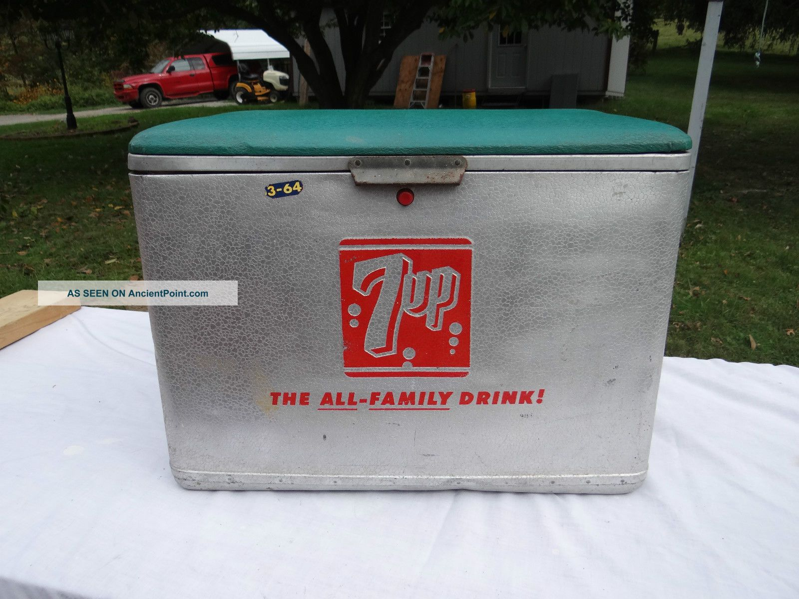Vintage (7 - Up) Coolerpadded Green Vinyl Top (quality Cronstroms Servvice) Ice Boxes photo