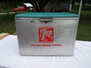 Vintage (7 - Up) Coolerpadded Green Vinyl Top (quality Cronstroms Servvice) photo