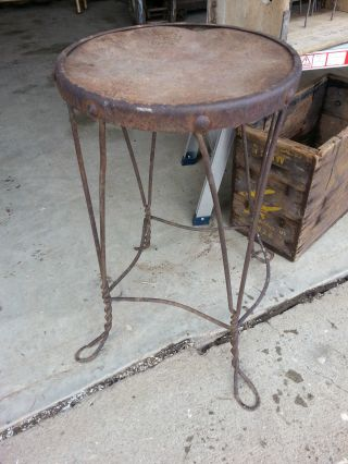 Industrial Age - Steampunk - Primitive - Ice Cream Parlor - Twisted Wire Stool - photo