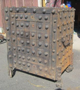 Jesse Delano Or Gayler Hobnail Safe Circa 1839 With Key,  Hidden Keyhole photo
