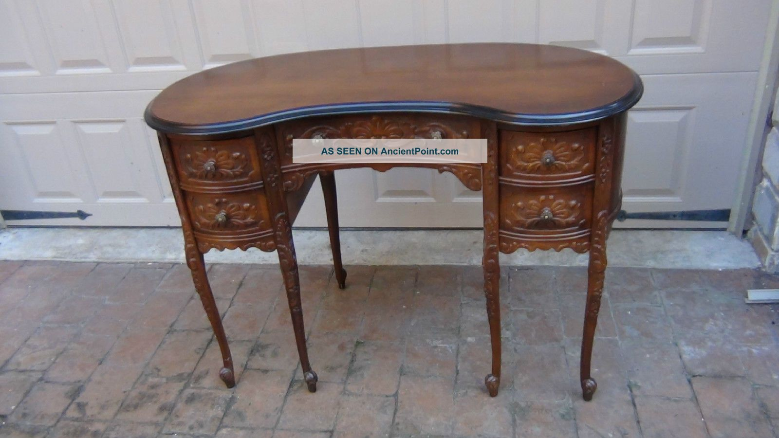 Antique French Walnut 6 Legs,  4 Drawers Victorian Carved Kidney Desk Bureau 1800-1899 photo