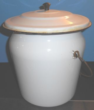Vintage 1940 ' S Big Enamel Chamber Pot photo