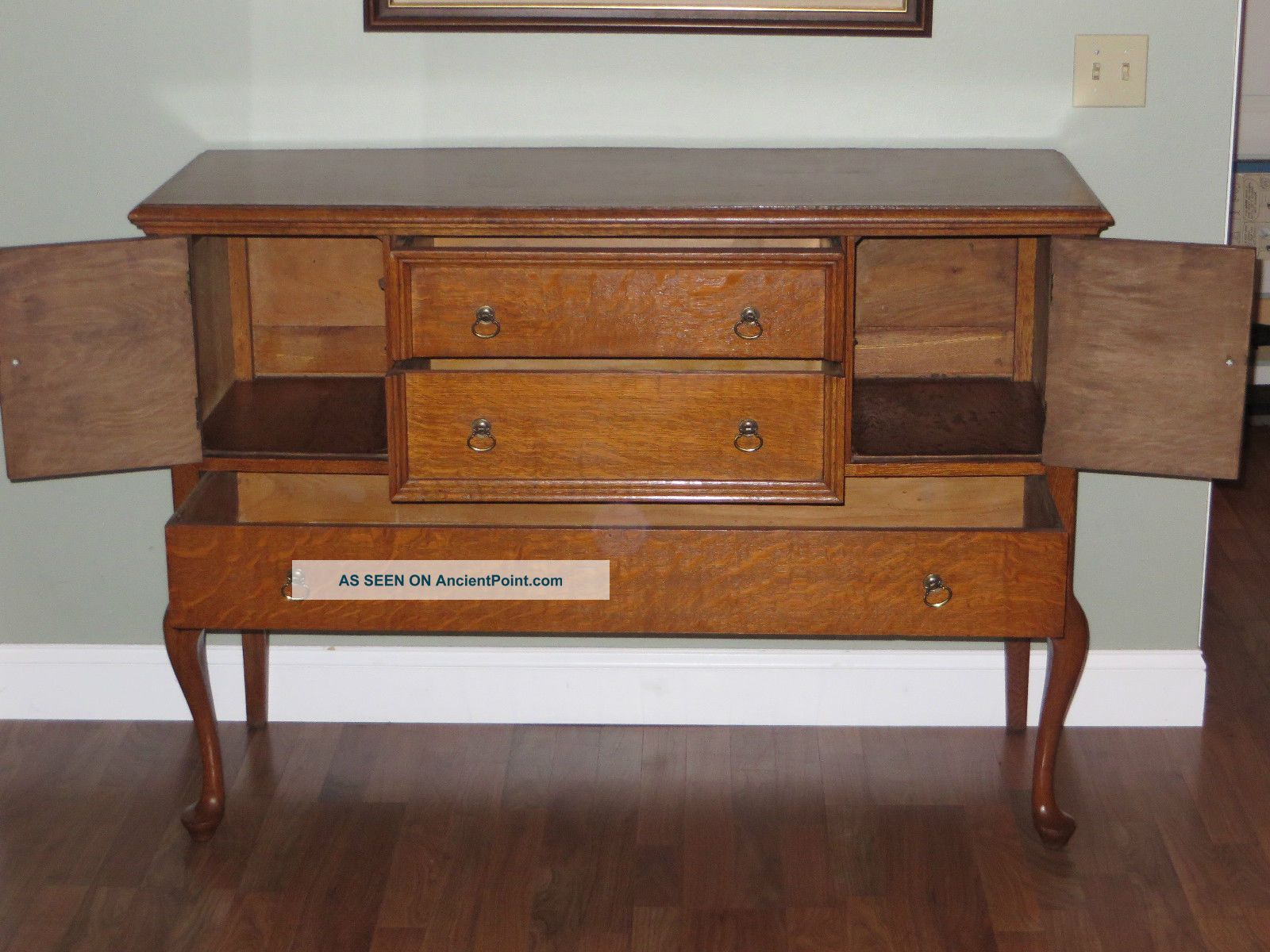 Antique tiger oak buffet sideboard images for Sideboard queens