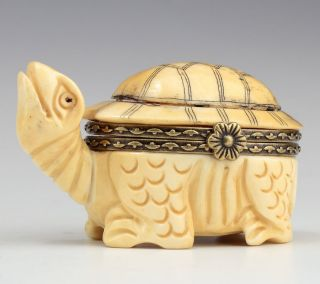 Exquisite Decorated Vintage 0x B0ne Handwork Carving Turtle Shape Jewel Box photo