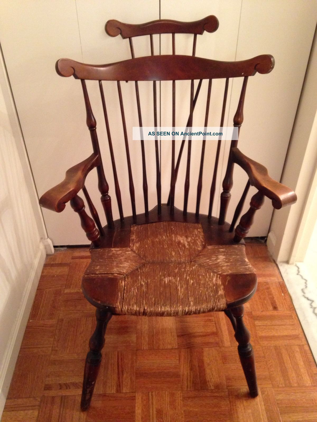 Antique Rush Seat Windsor Arm   Chair Bowback Brace Back Wood Bow Nichols U0026  Stone