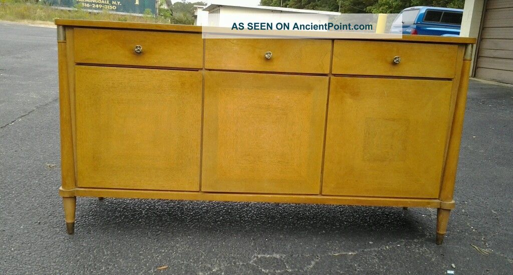 Vintage 1960 ' S Modern Credenza By Young Modern Post-1950 photo