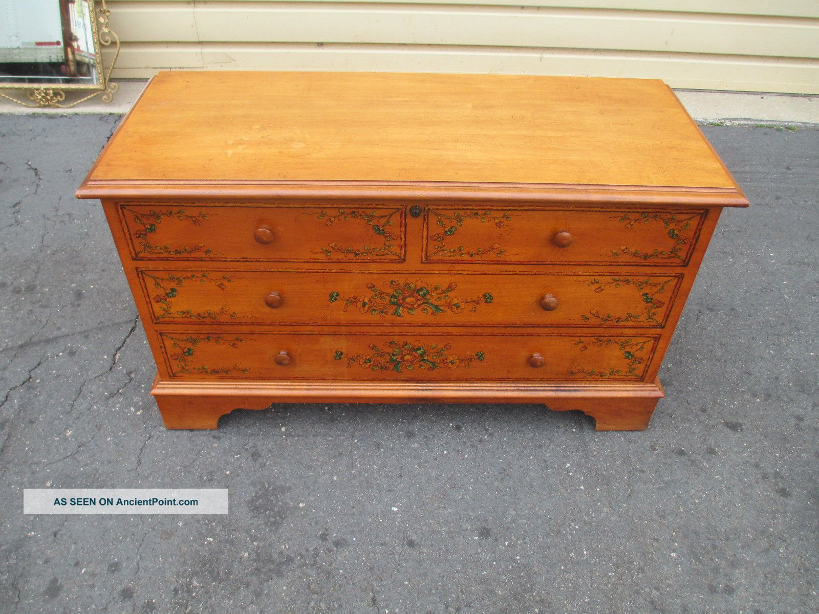 52701 Decorator Stenciled Blanket Chest Post-1950 photo