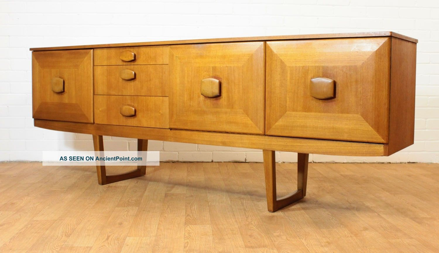 Mid Century 6.  5 Ft Teak Credenza By Stonehill.  Long And Low.  Danish Inspired. Post-1950 photo