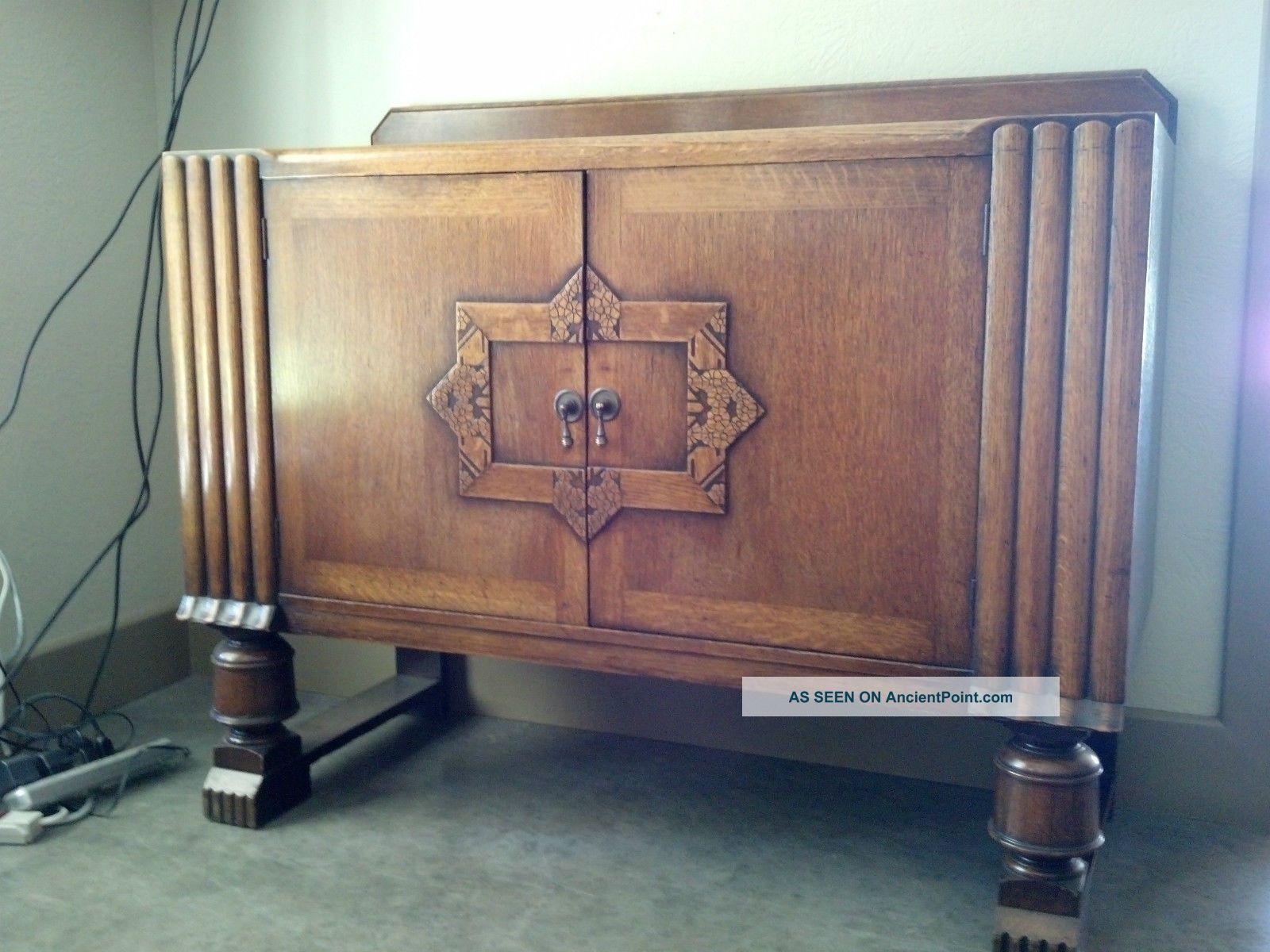 Wonderful Antique Oak Sideboard 1900-1950 photo
