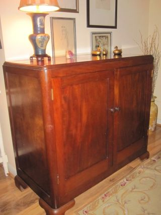 Mahogany Sideboard/cabinet,  Vintage photo