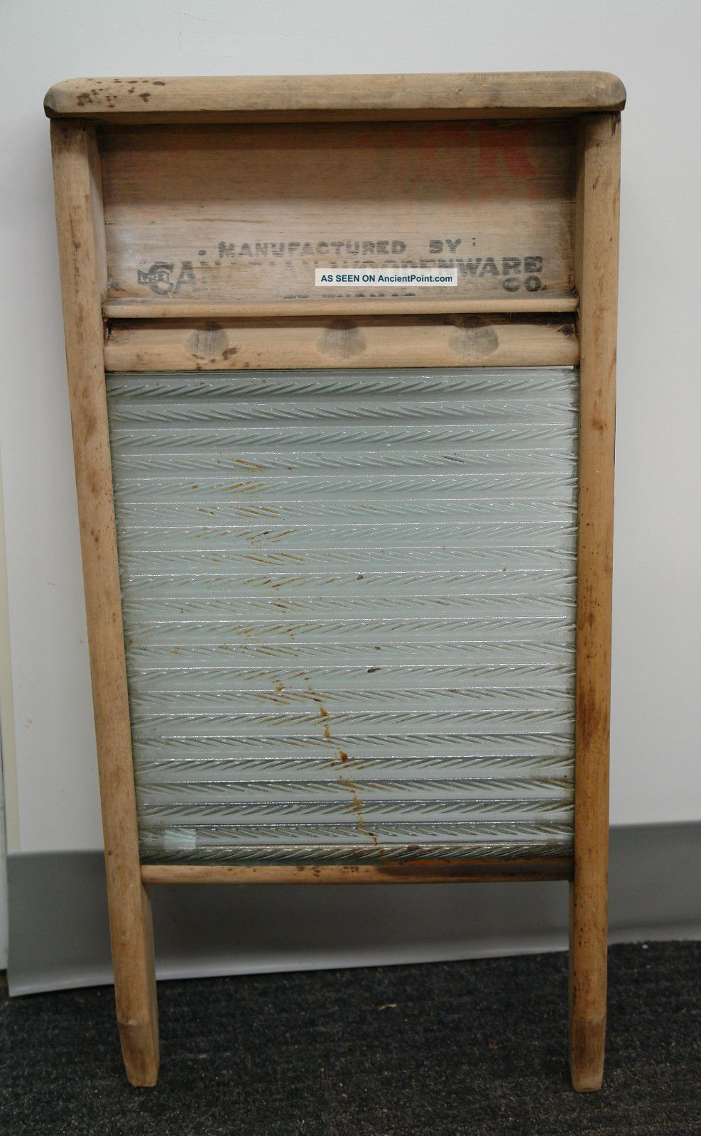 Vintage Canuck Glass Canadian Woodenware Washboard Washing Machines photo