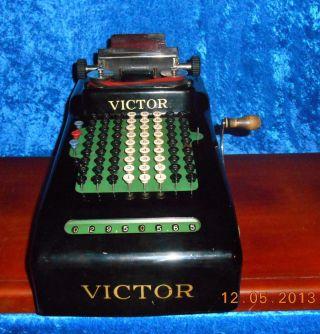 Antique Victor Adding Machine Model 110 - Condition - Haute photo