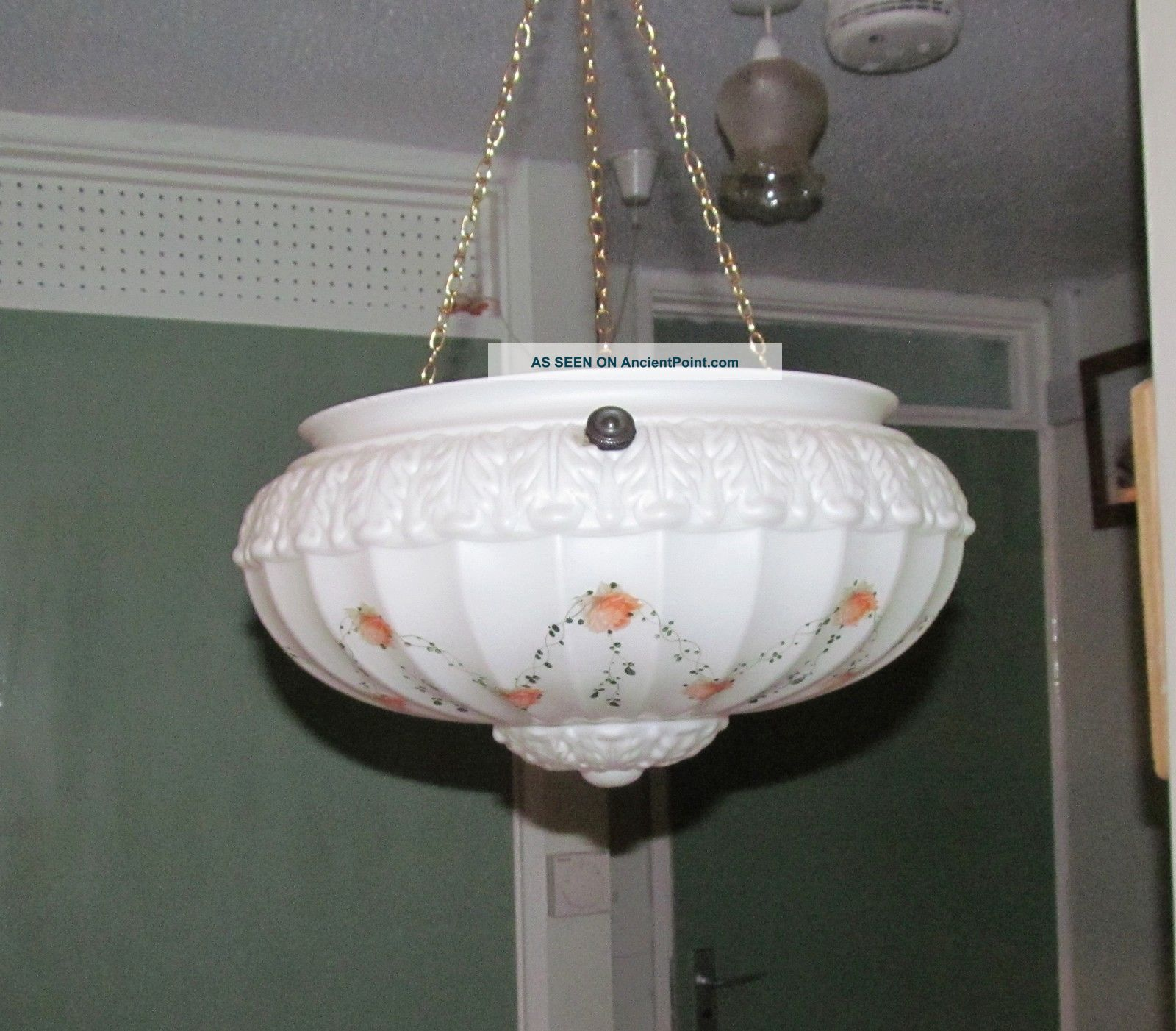 Stunning 1930 ' S Glass Light Fitting / Shade With Chains 20th Century photo