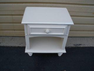 47109 White Modern Nightstand End Table Stand photo
