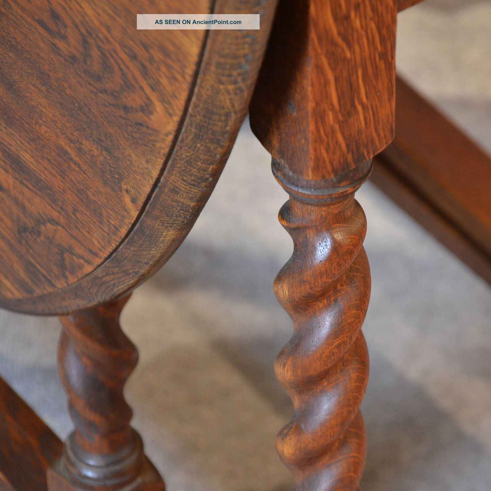 Oval Farmhouse Kitchen Table - Viewing Gallery