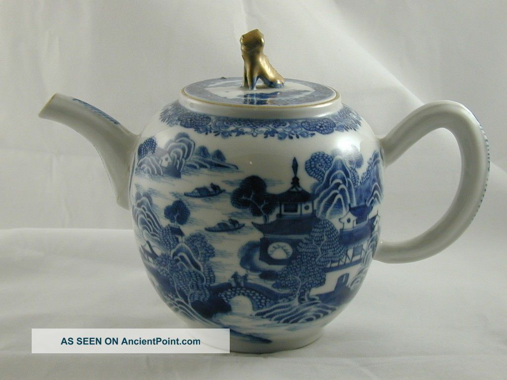 Antique 19th Century Chinese Tea Pot Blue And White Village Design Gold Detail Chinese photo