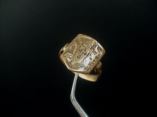 Gorgeous Decorated Medieval Gothic Solid Gold Crusader Ring,  1100 - 1300 Ad. photo