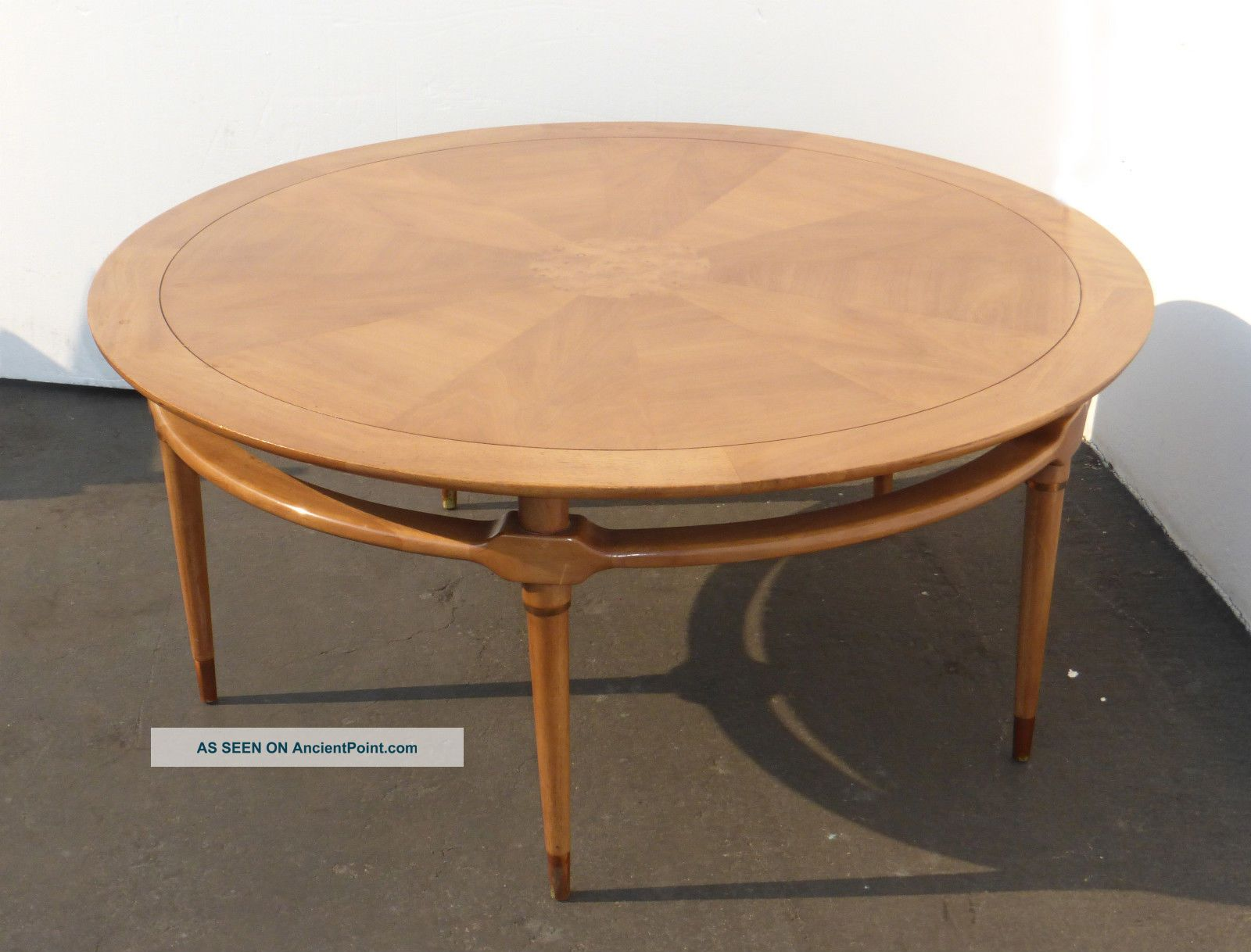 "Mid Century Modern 52 "" Round Coffee Table Monteverdi Young Style"