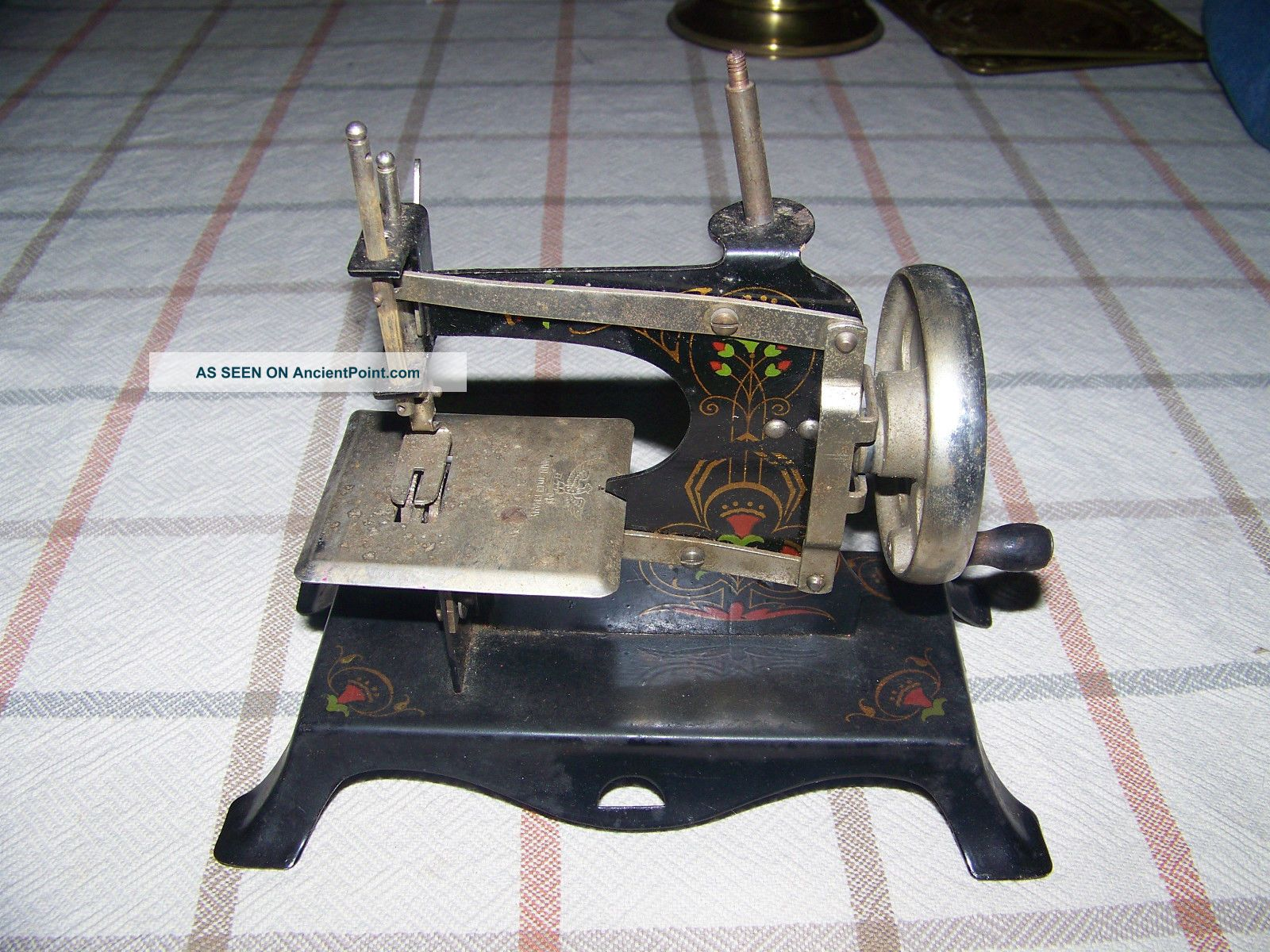 Antique Toy Sewing Machine Sewing Machines photo