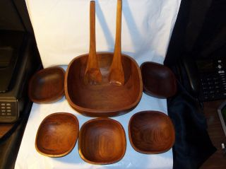 Goodwood Teak Wood Salad Serving Bowl Set 8 Piece - Condition photo