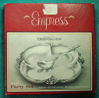 Empress - International Deepsilver - 2 Piece Party Set - New In Box photo