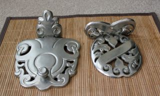 Antique Wood Stove Cast Iron Hot Plate/trivet Latch,  Of 2 photo