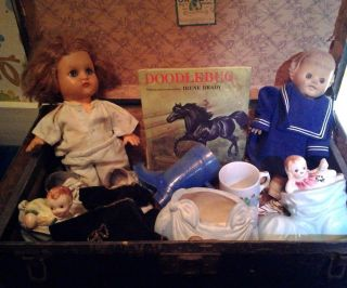 Antique Toy Trunk By Green Toy Works With Two Horseman Dolls And Doll Clothes photo
