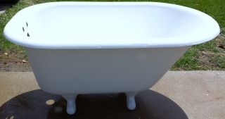 Antique Vinatge Restored Cast Iron Bath Tub 4 Ft.  Decorative Legs Usa 1927 Rare photo