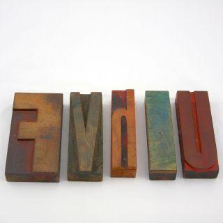 Antique Wood Letterpress Type Set Letters Printers Block Print Folk Art 5pcs 5
