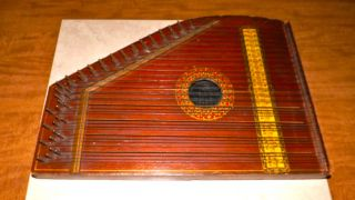 Antique Zither Lap Harp The Bell Harp Co.  4592,  Signed On Back Evelyn Pope ' 84 photo