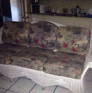 Vintage Wicker White Sofa And Chairs In Miami Fl (pickup Only) photo
