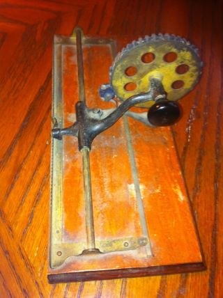 Vtg Antique Primitive Printing Wheel Tool Ink Rare Find photo