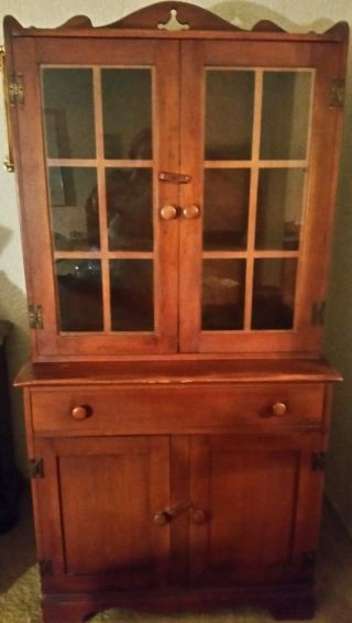 Willett Lancaster County Solid Beryl Maple China Cabinet photo