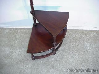 9755:drexel Mahogany Corner Shelf photo