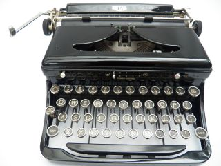 Vintage 1930s Royal Portable Touch Typewriter Model O Glossy Excellent Working photo