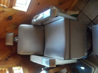 1963 Barber Chair photo