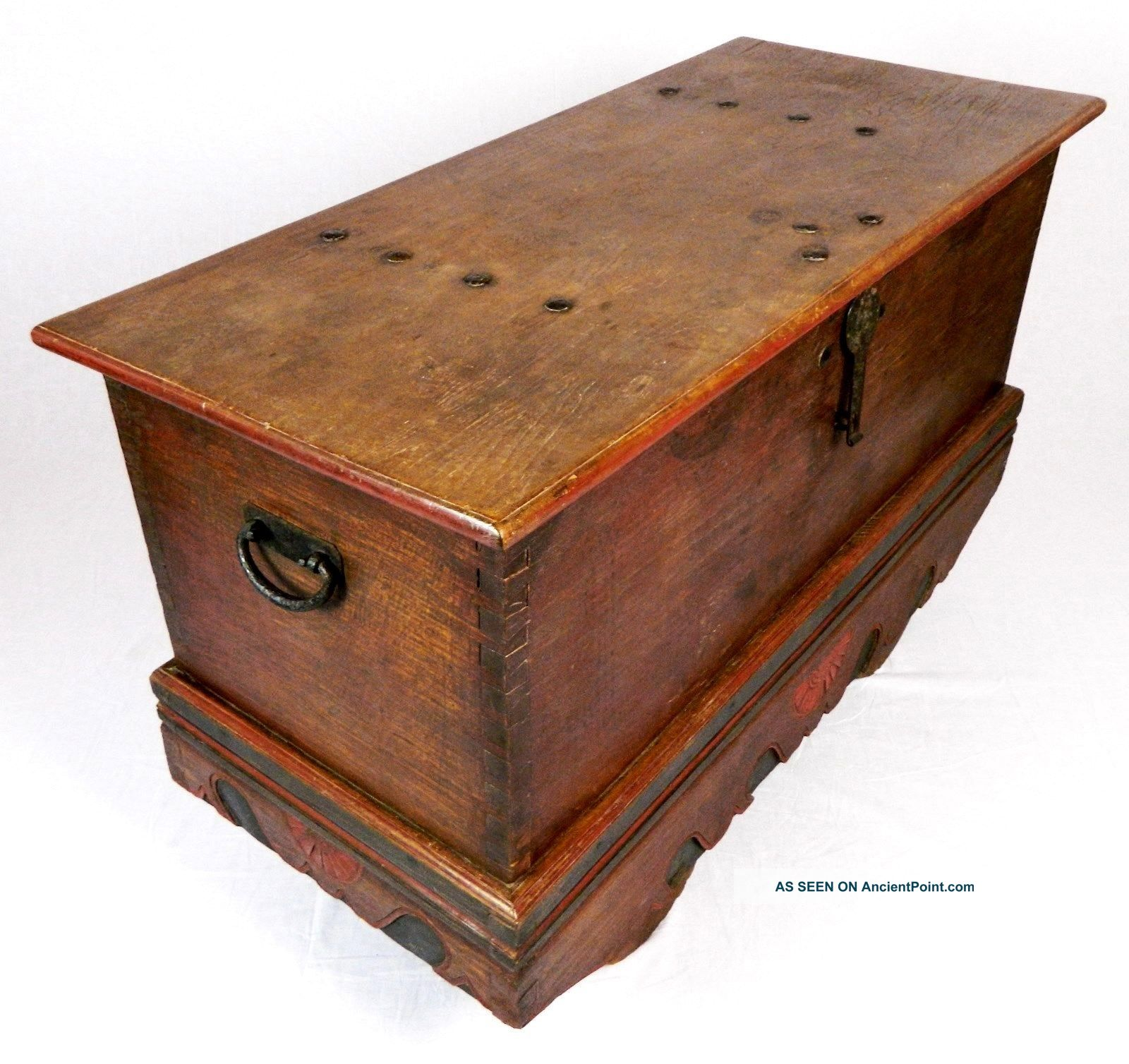 Antique Magnificent Blanket Chest Heroic Dovetailed 6 - Board Box Trunk 1800-1899 photo