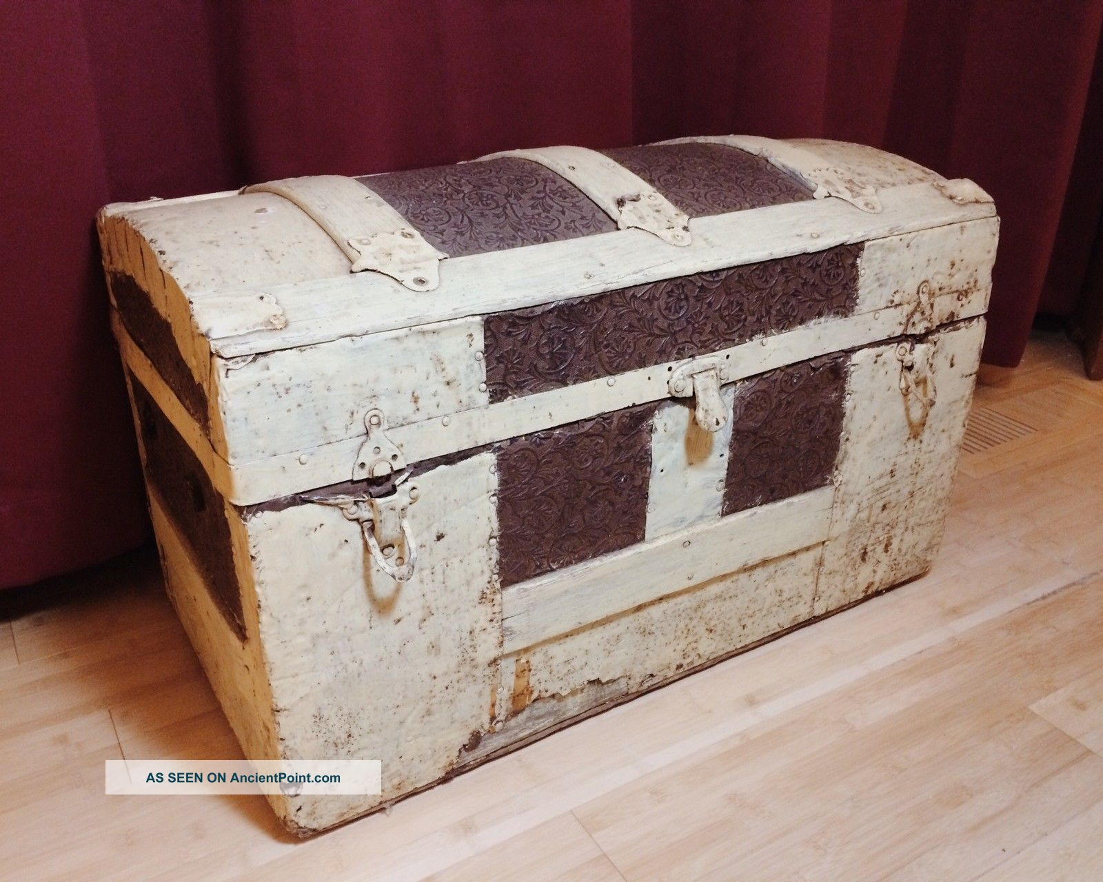 Dome Top Child Doll Toy Trunk,  Wood Storage Chest,  26x15x14 Unknown photo