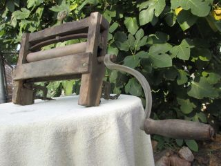 Antique Hand Crank Clothes Wringer Laundry Washing Machine Vintage Wood photo