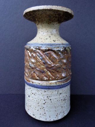 Modernist Stoneware Vase (us) Signed ' Shaw,  1969 ' W/textured Equatorial Band,  Mcm photo