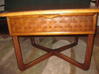 Lane Perception Occasional End Table With X Base Perfect Refinished Conditon photo