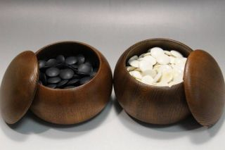 Japanese Go Game Go Stone Clam And Nachiguro - Ishi Stone Antique Box/ Zelkova photo
