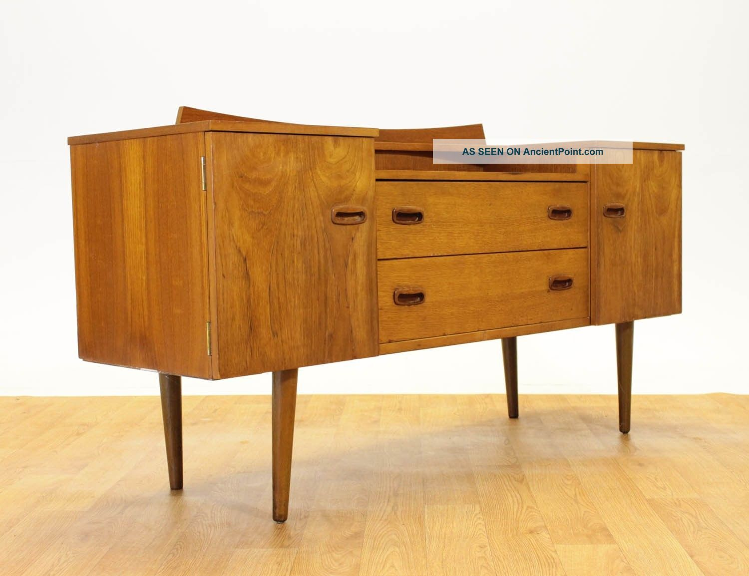 Retro Mid Century Credenza/dresser By Lebus Of England.  Vintage.  Mcm. Post-1950 photo