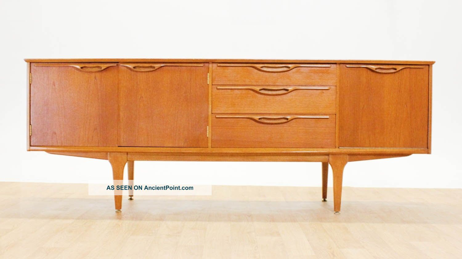 Mid Century 6ft 6 Curved Teak Credenza/media Console By Jentique.  Mcm.  Vintage Post-1950 photo