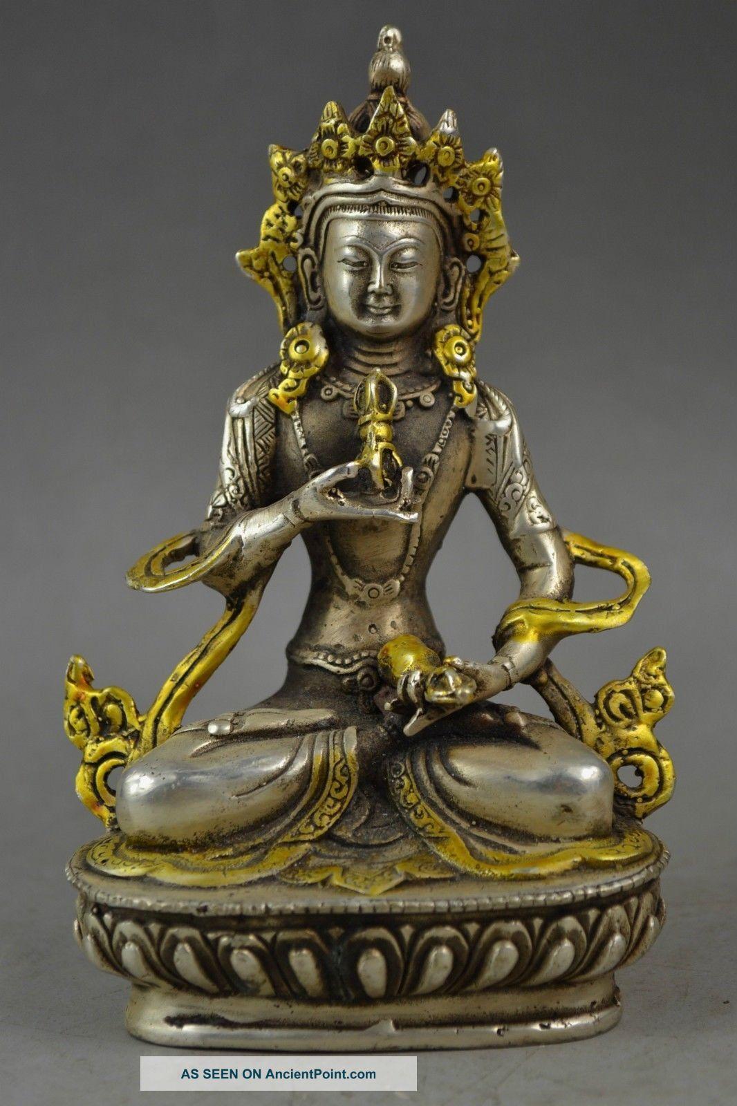 Chinese Tibet Handwork Art Cupronickel Carving Lamaism Devout Buddha Statue Buddha photo
